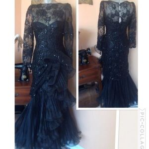 Vintage 1980s lace sheer pleaded mermaid gown 5/6